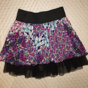 Size S/M Floral + Tulle 2 Layer Skirt • NEVER WORN